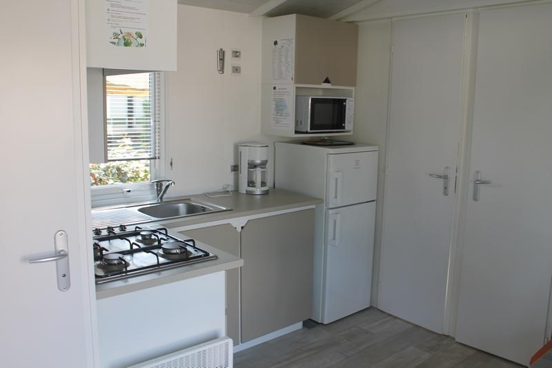 cuisine Mobile home 2 chambres 5 personnes 28m²