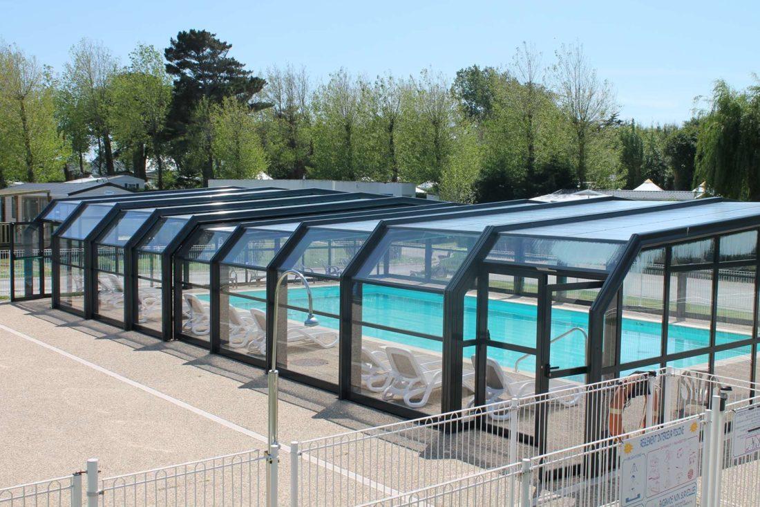 piscine couverte chauffée camping de locean (2)